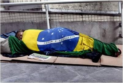 Resultado de imagem para BRASIL POBRE